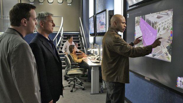 Gemeinsam versuchen sie einen Fall zu lösen: Special Agent Sam Hanna (LL Cool...
