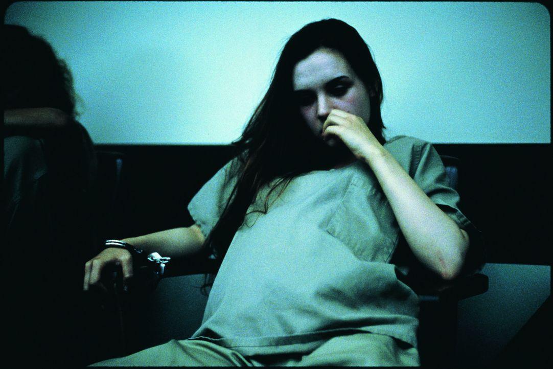Landet für viele Jahre hinter Gittern: die schwangere Lisa (Rachel Miner) ...