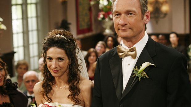 Endlich steht die Hochzeit von Herb (Ryan Stiles, r.) und seiner Exfrau Judit...