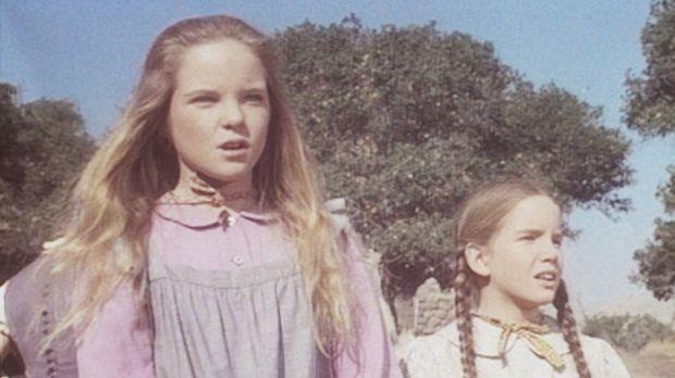Mary (Melissa Sue Anderson, l.) und Laura (Melissa Gilbert, r.) sind sehr neu...