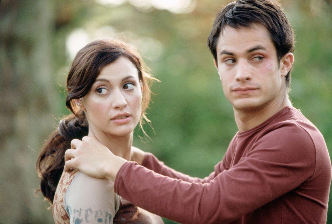 Am Vorabend ihrer Hochzeit küsst Carmen (Natalia Verbeke, l.) unbekümmert einen attraktiven Fremden - Kit (Gael García Bernal, r.) - mit fatalen Fol...