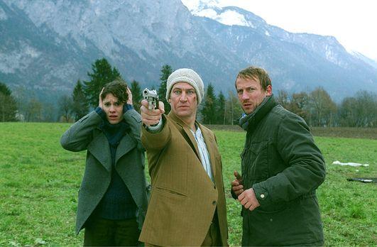 Mord auf Rezept - Luis Kramar (Tobias Moretti, M.) kann sich nach einem Autou...