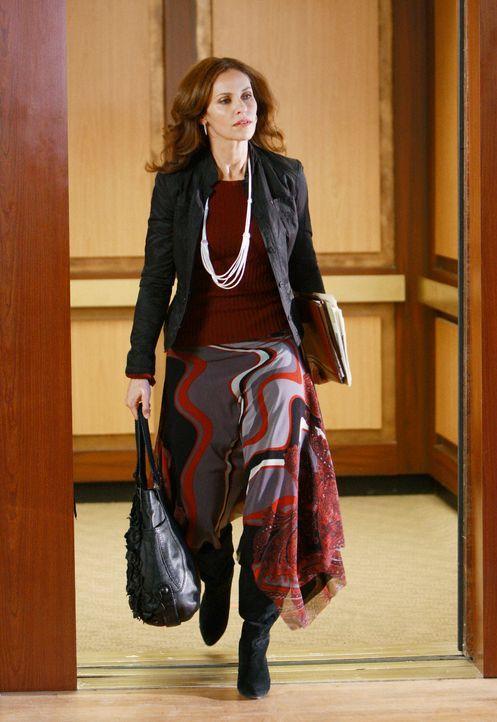 Ahnt noch nicht, dass sie bald eine heiße Affäre haben wird: Violet (Amy Brenneman) ... - Bildquelle: ABC Studios