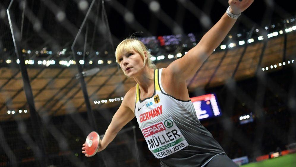 Nadine Müller sichert sich mit 63,00 m Silber - Bildquelle: AFPSIDAndrej ISAKOVIC