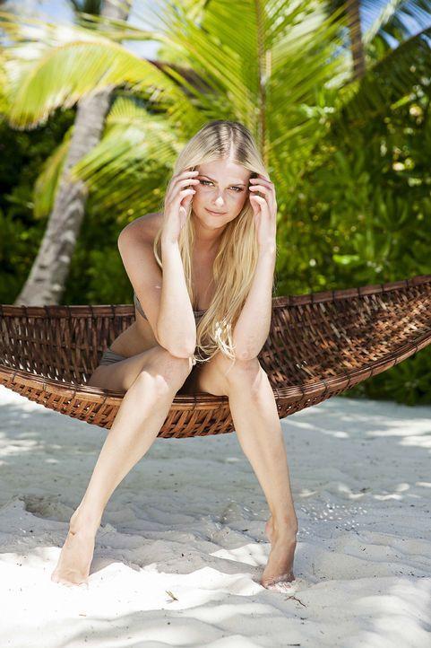GNTM-Stf10-Epi13-Bikini-Shooting-Malediven-12-Darya-ProSieben-Boris-Breuer - Bildquelle: ProSieben/Boris Breuer