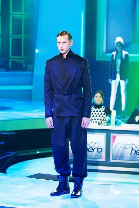 Fashion-Hero-Epi06-Gewinneroutfits-Tim-Labenda-Karstadt-05-Richard-Huebner - Bildquelle: Richard Huebner