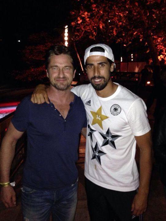 Gerald Butler und Sami Khedira bei der WM 2014 - Bildquelle: facebook.com/samikhedira1987