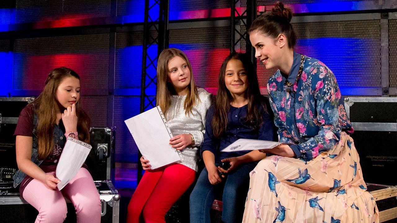 The-Voice-Kids-epi04-Lisa-Aulona-Nicole-24-SAT1-Richard-Huebner - Bildquelle: SAT.1/Richard Hübner