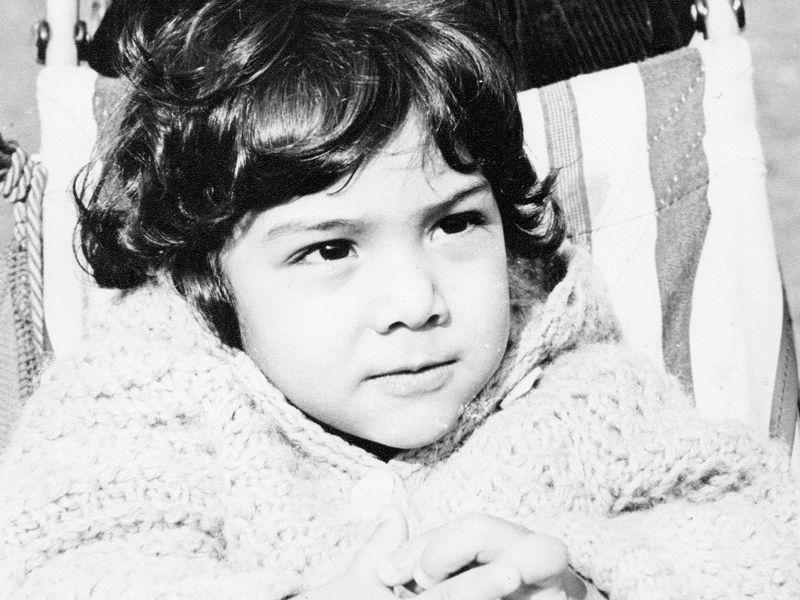 Atchi als Kind - Bildquelle: sixx