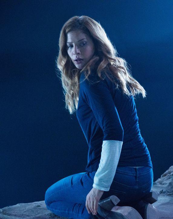 Entdeckt ein Geheimnis bei ihrer Suche nach Sam: Julia (Rachelle LeFevre) ... - Bildquelle: 2014 CBS Broadcasting Inc. All Rights Reserved.