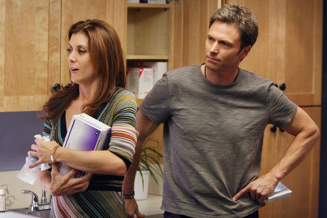 Pete (Tim Daly, r.) geht zu Addison (Kate Walsh, l.), um über den Kuss zu sprechen, doch dann kommt alles ganz anders ... - Bildquelle: 2007 American Broadcasting Companies, Inc. All rights reserved.