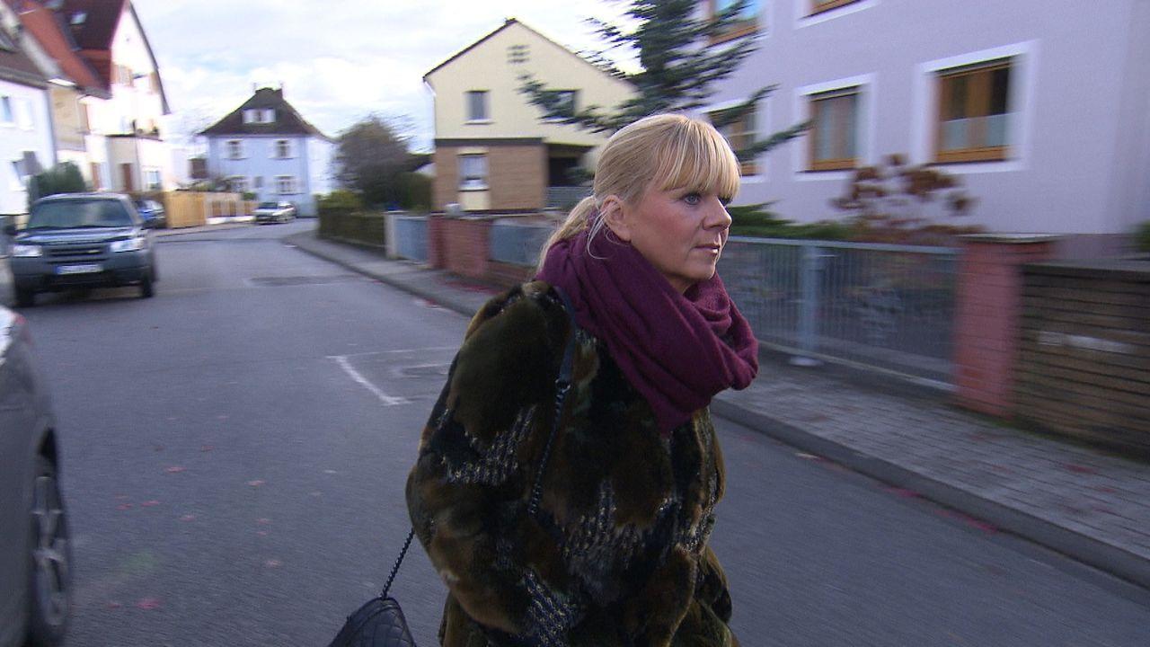 Ob Deutschland, Europa oder die ganze Welt: Julia Leischik ist auf der Suche nach Familienmitgliedern, Freunden oder Geliebten ... - Bildquelle: SAT.1