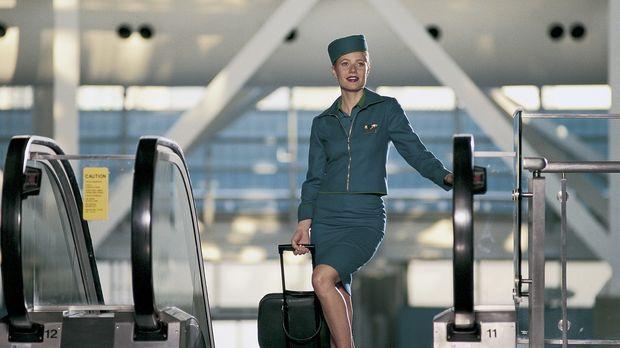 Landei Donna (Gwyneth Paltrow) möchte als Flugbegleiterin Karriere machen: Na...