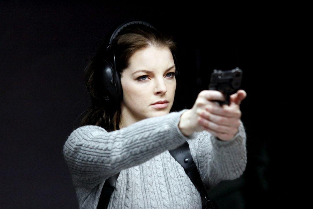 Maria Teiss (Yvonne Catterfeld) ist eine außergewöhnlich konsequente und kompromisslose Polizistin. Eines Tages erhält sie den Auftrag, die Suche... - Bildquelle: Wilma Roth Sat.1