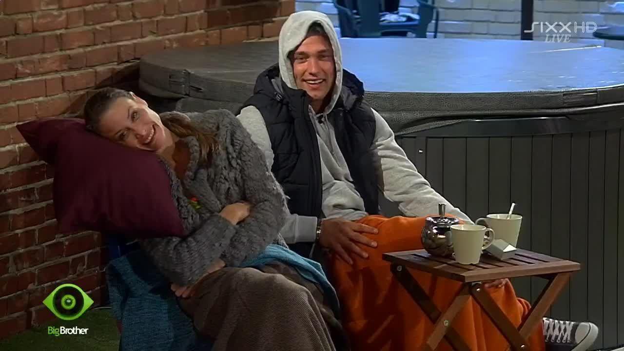 Sophia und Kevin haben Spaß - Bildquelle: sixx