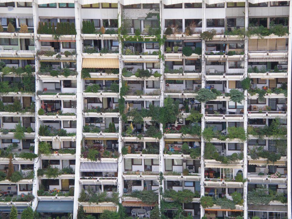 Der Glücks-Wohnblock Wohnen wie die Reichen - und zwar für alle! - Bildquelle: kabel eins