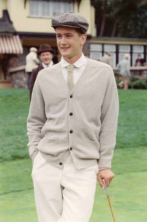 Als ein junger neuer Spieler, ein ehemaliger Caddy, auf dem Platz sein Können unter Beweis stellt, muss Freddie Wallis (Max Kasch) mit seinem alten... - Bildquelle: Walt Disney Pictures