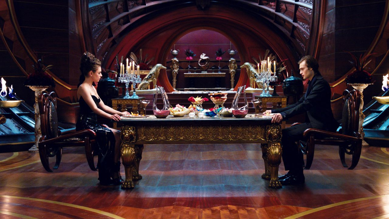 Jupiter-Ascending-02-Warner-Bros-Entertainment-Inc - Bildquelle: 2013 Warner Bros. Entertainment Inc.