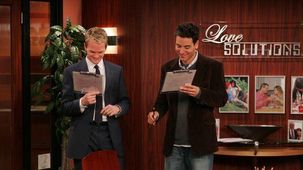 Barney (Neil Patrick Harris, l.) überredet seinen Freund Ted (Josh Radnor, r....