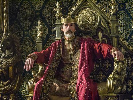 Während die Wikinger in Paris eintreffen, verkündet König Karl (Lothaire Blut...