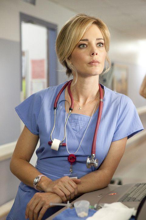 Wird von einer Patientin schikaniert: Candy (Christina Moore) ... - Bildquelle: Sony 2009 CPT Holdings, Inc. All Rights Reserved