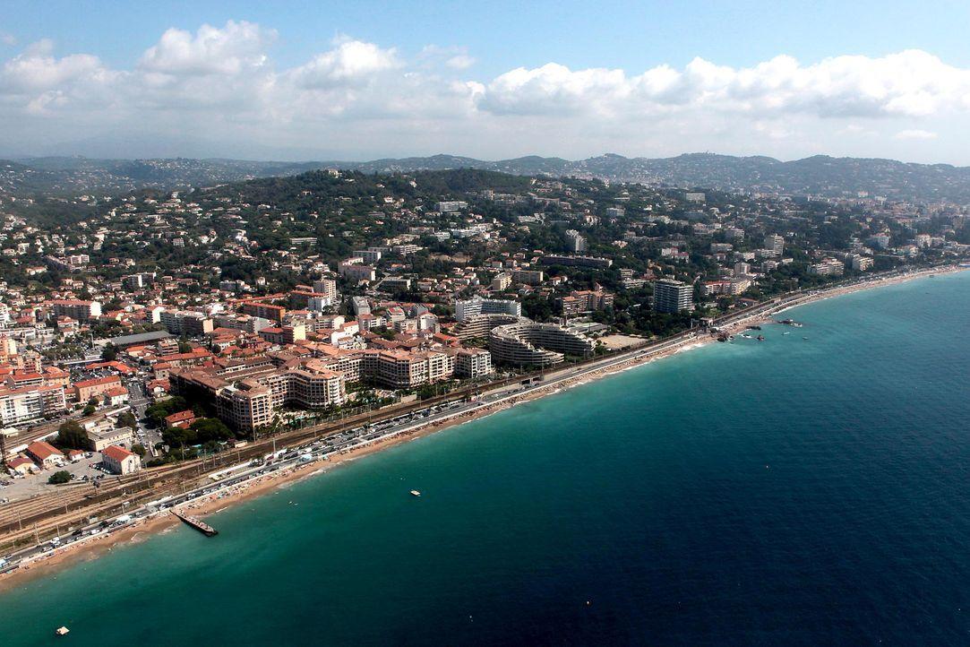 Cannes-Strand-AFP - Bildquelle: AFP Photo/Jean Christophe Magnenet