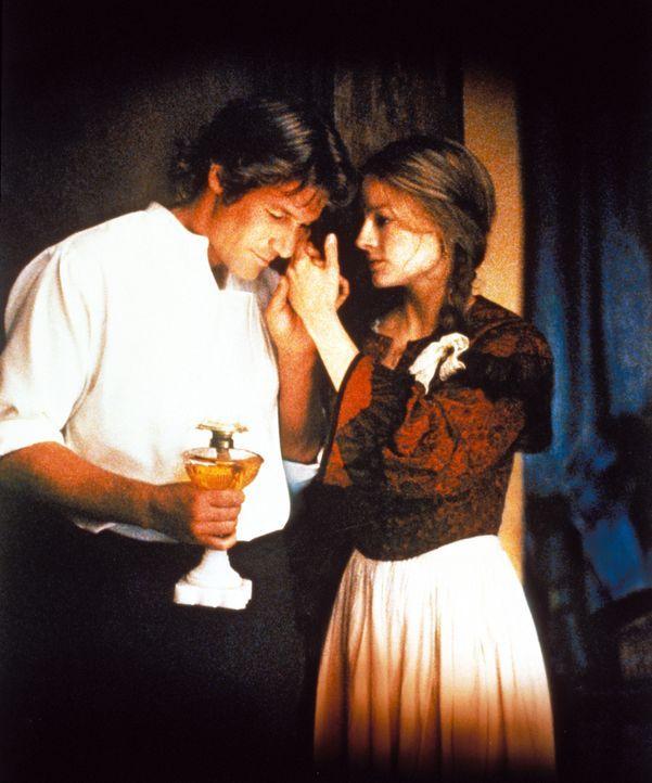 Langsam fängt Laurel (Jodie Foster, r.) an, Liebe für ihren heimgekehrten Mann Jack (Richard Gere, l.) zu empfinden, auch wenn er nicht wirklich der... - Bildquelle: Warner Bros.