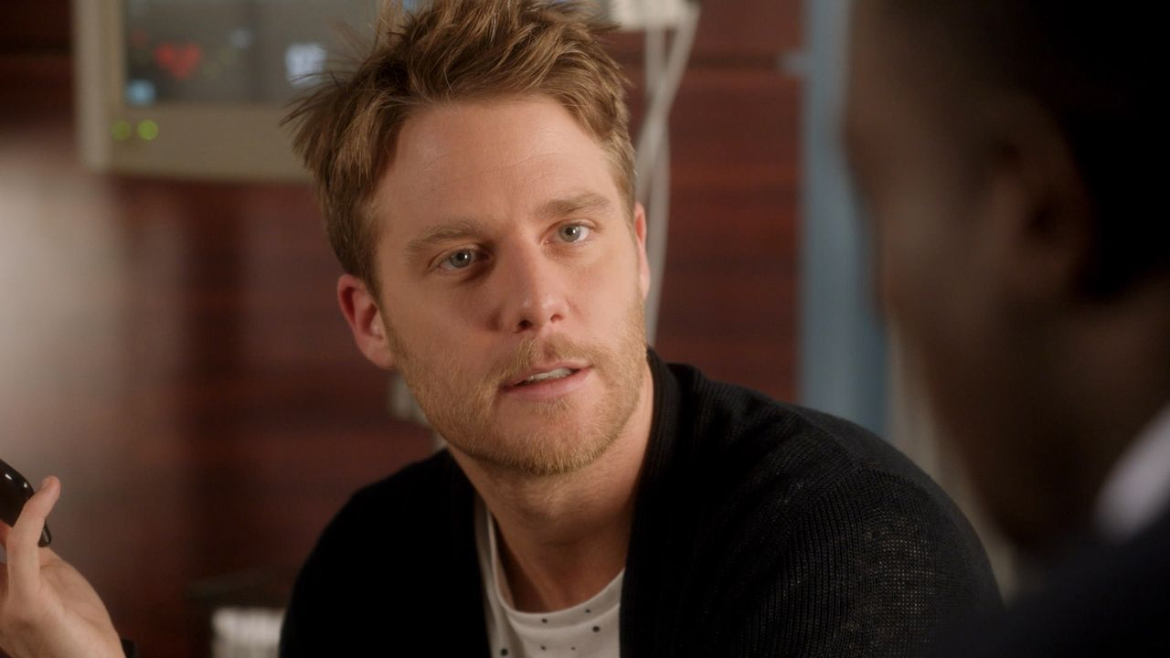 Ein neuer Fall wartet auf Brian (Jake McDorman) ... - Bildquelle: 2015 CBS Broadcasting, Inc. All Rights Reserved
