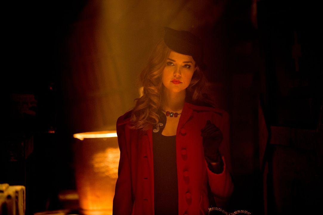 Als Mentorin für Stefan schafft Lexi (Arielle Kebbel) es sogar, Damon von seinem Egoismus abzubringen - für kurze Zeit  ... - Bildquelle: Warner Brothers