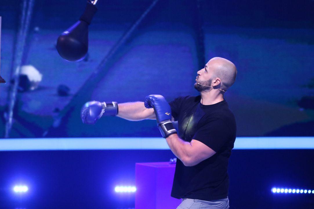 Wie wird Marcel im Spiel Boxbirne abschneiden? - Bildquelle: Guido Engels SAT.1