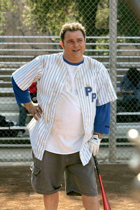 Auch Det. Nick Vera (Jeremy Ratchford) spielt mit beim alljährlichen Softballturnier ... - Bildquelle: Warner Bros. Television