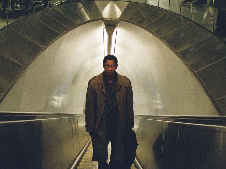 Auf der Suche nach der Wahrheit: Ben Marco (Denzel Washington) ... - Bildquelle: Paramount Pictures
