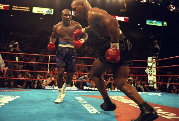 Evander Holyfield vs. Mike Tyson - Bildquelle: Getty
