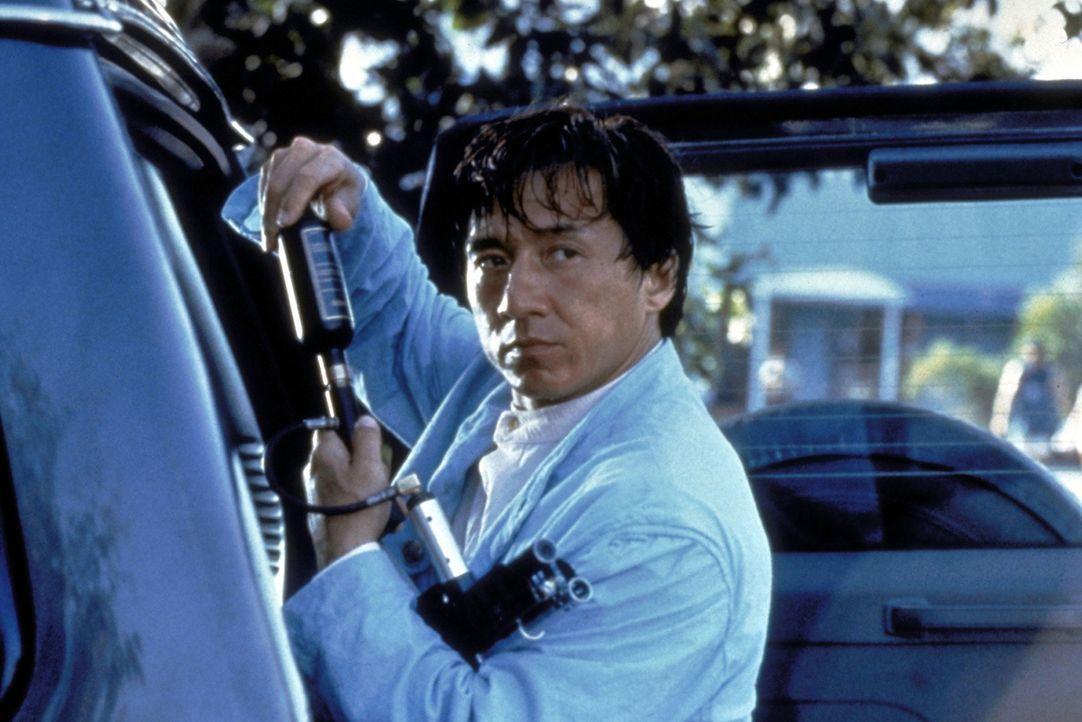 Karate-Künstler Jackie (Jackie Chan) greift im Falle des Falles auf sein technisches Equipment zurück ... - Bildquelle: New Line Cinema