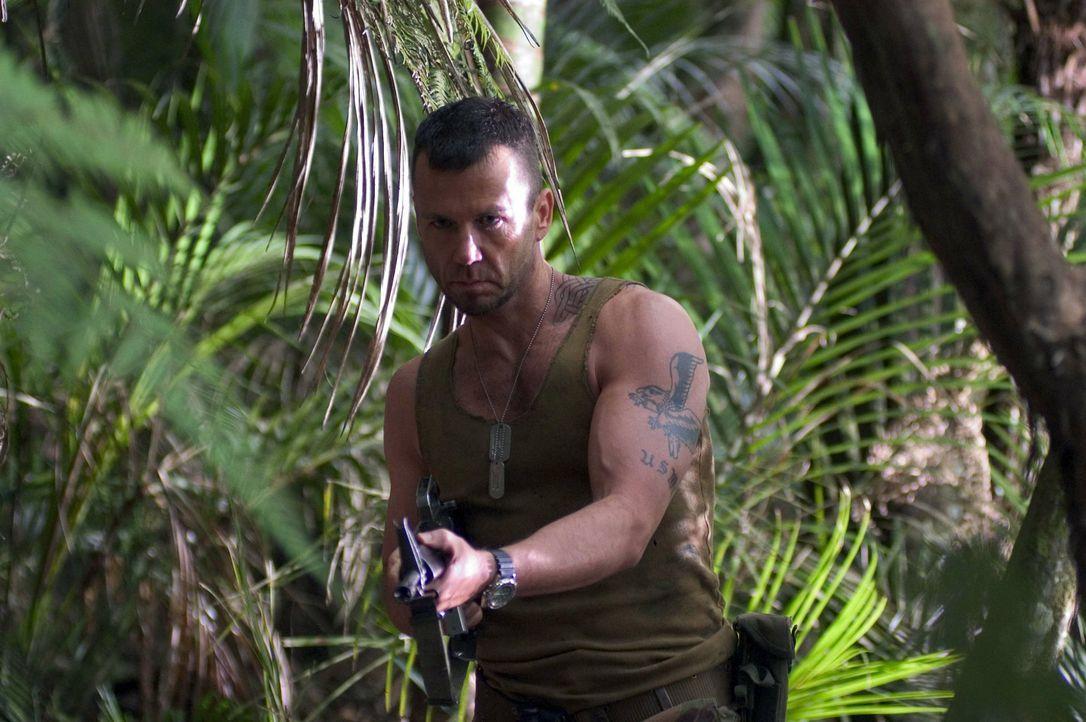 Mitleid ist nicht seine Stärke: Söldner Armstrong (David Millbern) ... - Bildquelle: Regent Entertainment