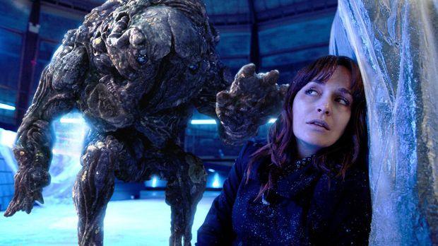 Connor entdeckt, dass geheimnisvollen Sporen ihre Opfer in gefährliche Pilz-M...