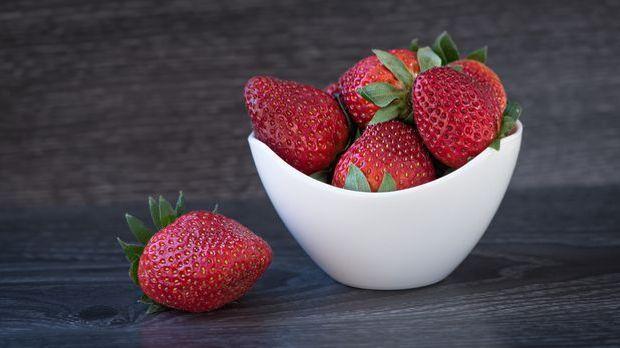 Leichte Küche Erdbeer-Joghurteis