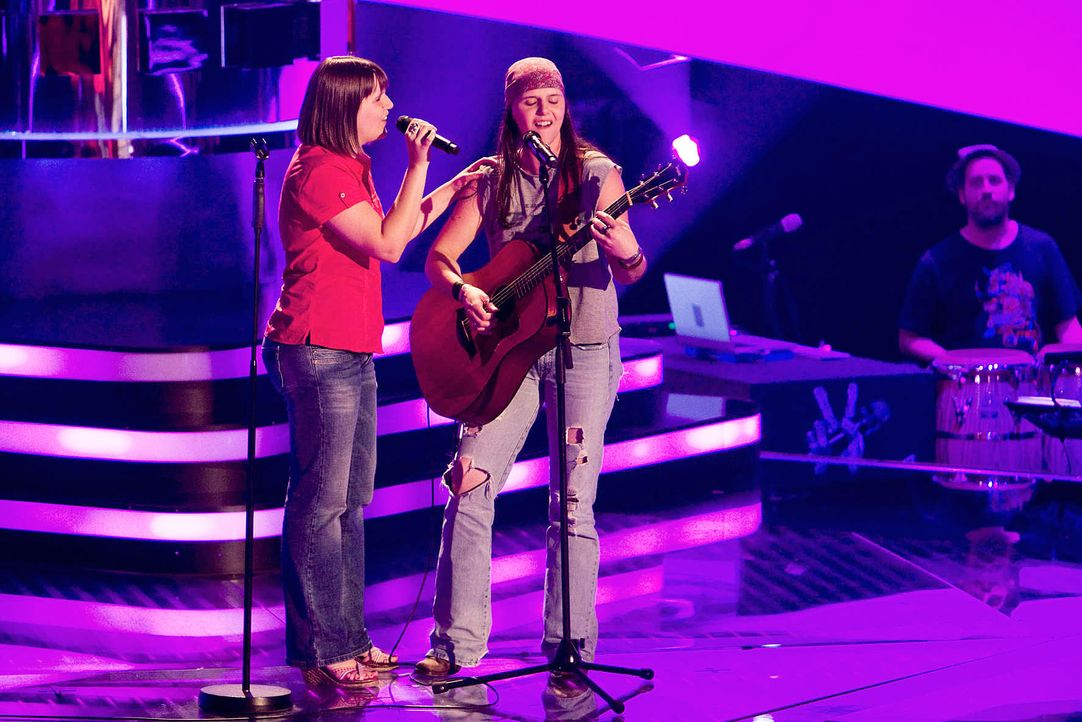 the-voice-stf01-epi04-39-laura-vicky-richard-huebner-prosiebenjpg 1772 x 1182 - Bildquelle: Richard Hübner