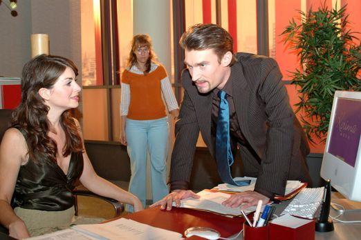 Verliebt in Berlin - Lisa (Alexandra Neldel, M.) bekommt mit, wie Richard (Ka...