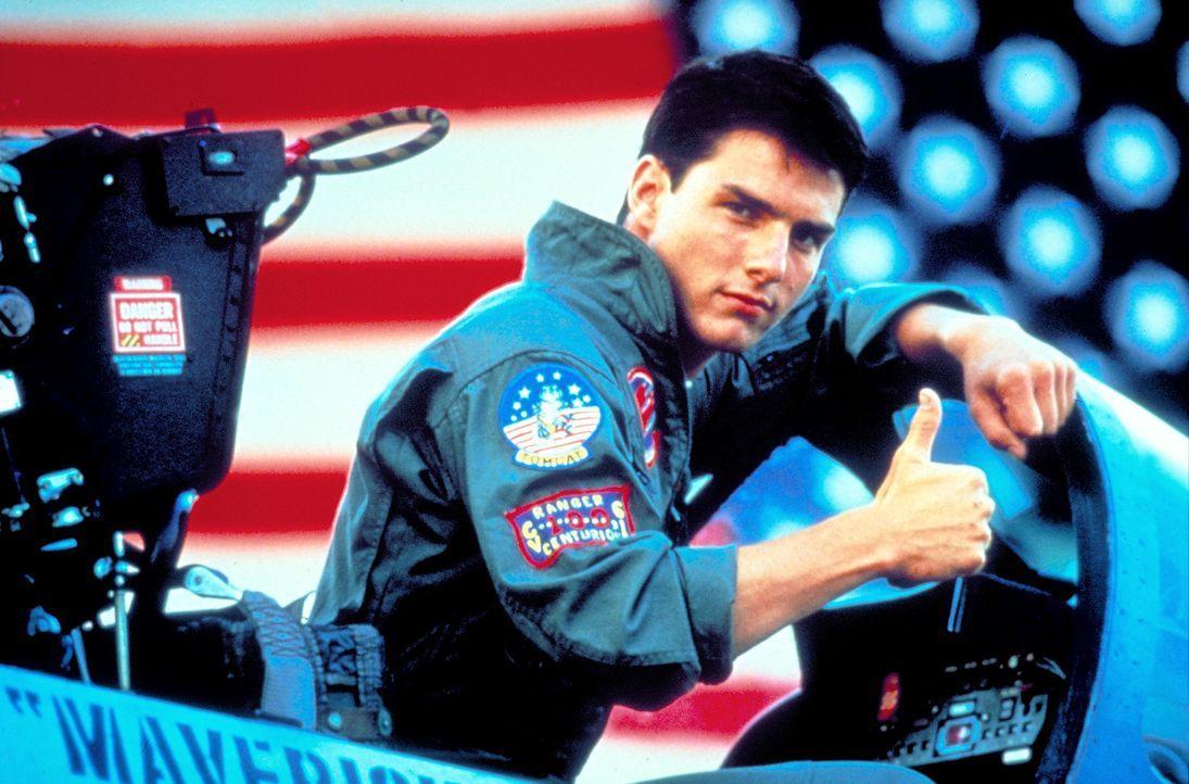 Pete Mitchell (Tom Cruise), Fliegername 'Maverick', ist stolz, als Navy-Pilot in der Elitetruppe Top Gun einen F14 Kampfjet fliegen zu dürfen ... - Bildquelle: PARAMOUNT PICTURES CORPORATION