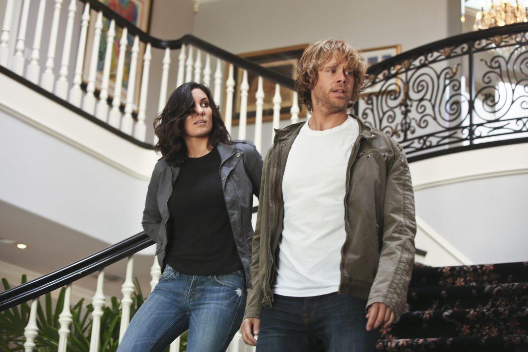 Ein neuer Fall wartet auf Kensi (Daniela Ruah, l.) und Deeks (Eric Christian Olsen, r.) ... - Bildquelle: CBS Studios Inc. All Rights Reserved.