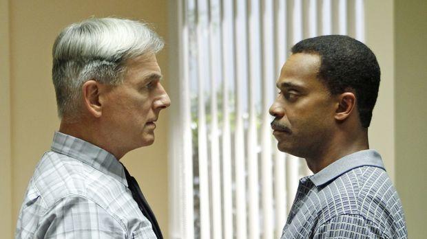 Rückblick auf einem Auftrag vor 20 Jahren: Gibbs (Mark Harmon, l.) und Leon V...