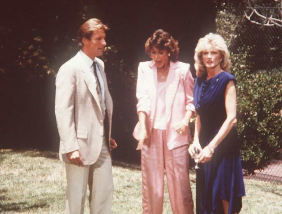Lee (Bruce Boxleitner, l.), Amanda (Kate Jackson, M.) und Francine (Martha Smith, r.) besuchen eine Gartenparty - mit überraschenden Folgen ...