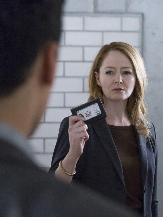 Bekommt ihren letzten Auftrag von dem russischen Geheimdienst zugeteilt und muss entscheiden, auf welcher Seite sie steht: Allison (Miranda Otto) ... - Bildquelle: Stephan Rabold 2015 Showtime Networks, Inc., a CBS Company. All rights reserved.