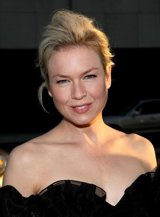 renee-zellweger-08-09-18-01-getty-afpjpg 1072 x 1450 - Bildquelle: getty-AFP