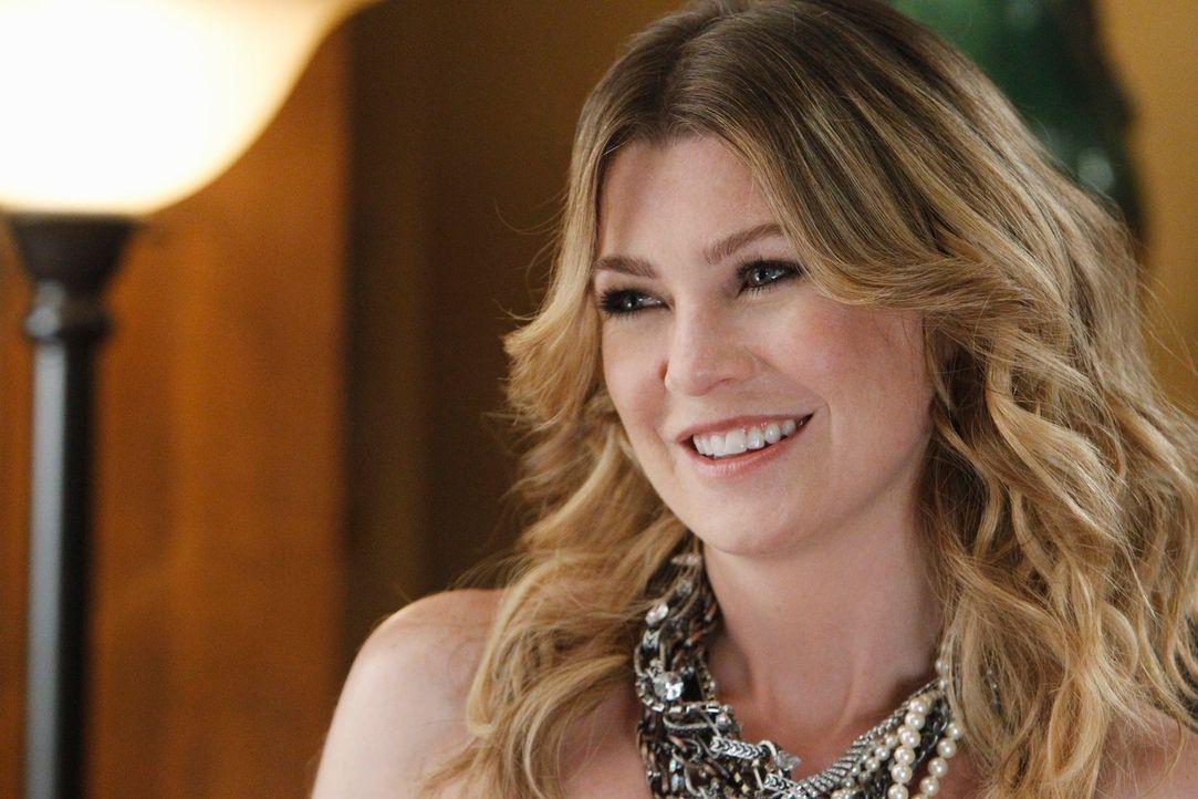 Derek landet wegen zu hoher Geschwindigkeit im Gefängnis, doch Meredith (Ellen Pompeo) holt ihn nicht raus, sondern lässt sich nur die Eheringe von... - Bildquelle: ABC Studios