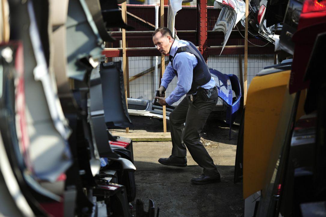 Nachdem Baez beim Überfall auf einen Transport konfiszierter Drogen verletzt wurde, gibt sie Danny (Donnie Wahlberg) die Schuld und löst dadurch ein... - Bildquelle: John Paul Filo 2014 CBS Broadcasting Inc. All Rights Reserved.