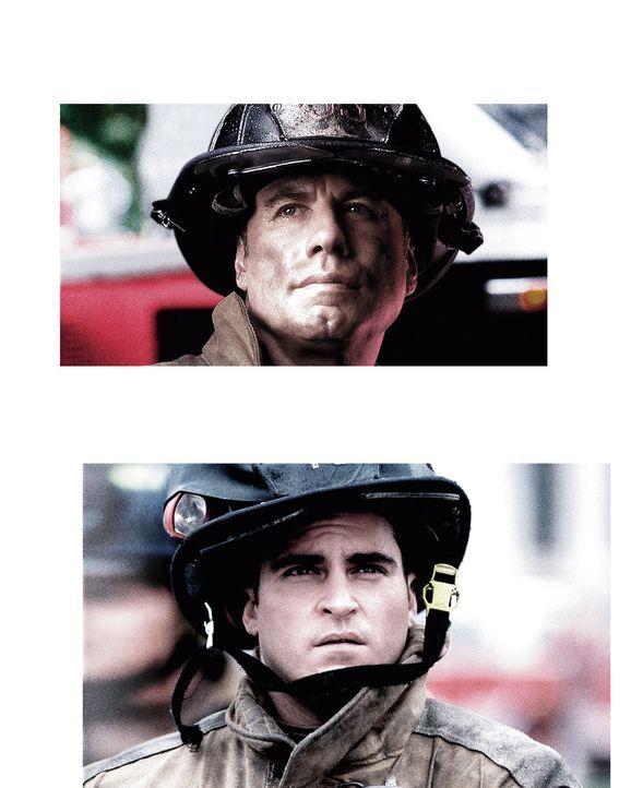 """""""Im Feuer"""" mit Joaquin Phoenix, unten und John Travolta, oben - Bildquelle: Buena Vista International.  All Rights Reserved"""