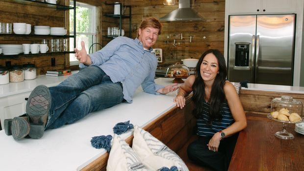fixer upper umbauen einrichten einziehen farmhaus in traumgegend sixx. Black Bedroom Furniture Sets. Home Design Ideas