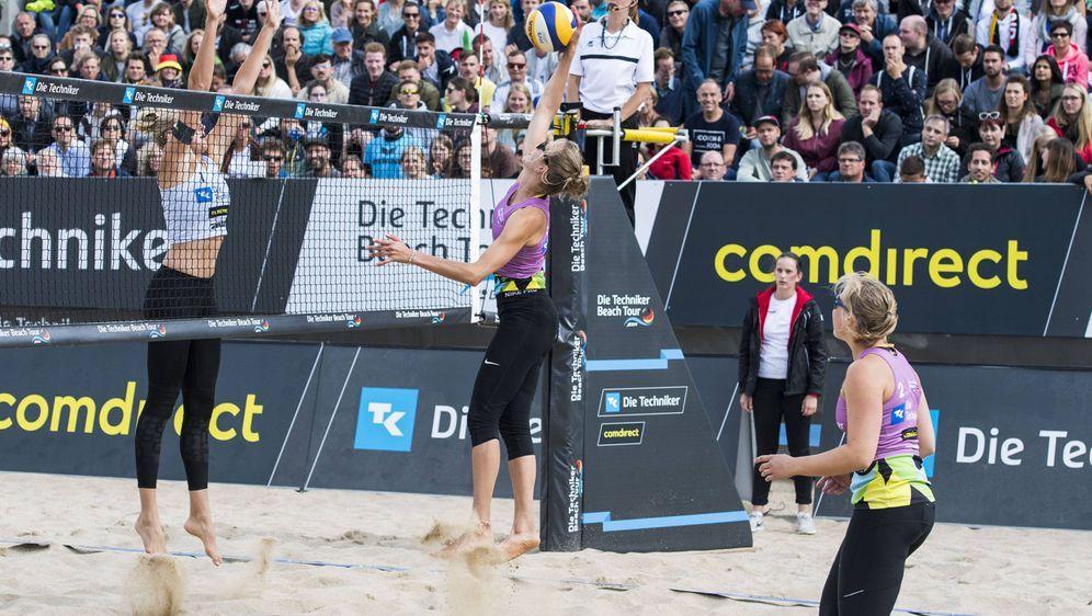 In Zinnowitz kämpfen die letzten Teams um den Platz bei den Deutschen Beachv... - Bildquelle: imago/HochZwei